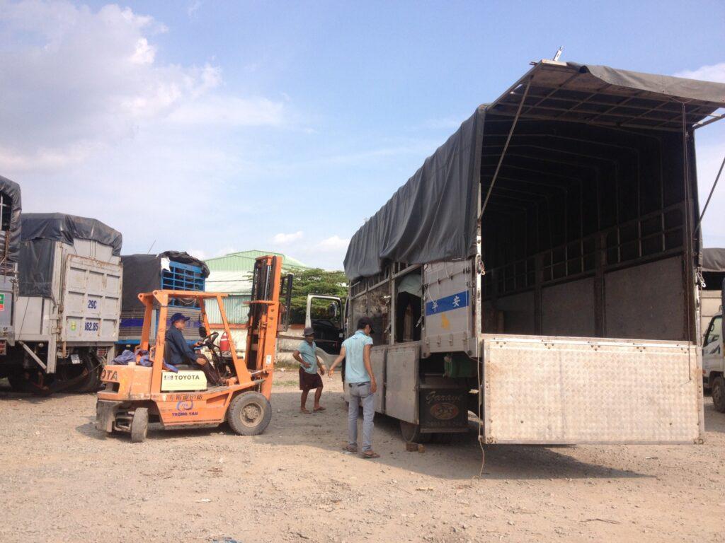Dịch vụ bốc xếp hàng hóa huyện Củ Chi uy tín, giá rẻ tại Tphcm