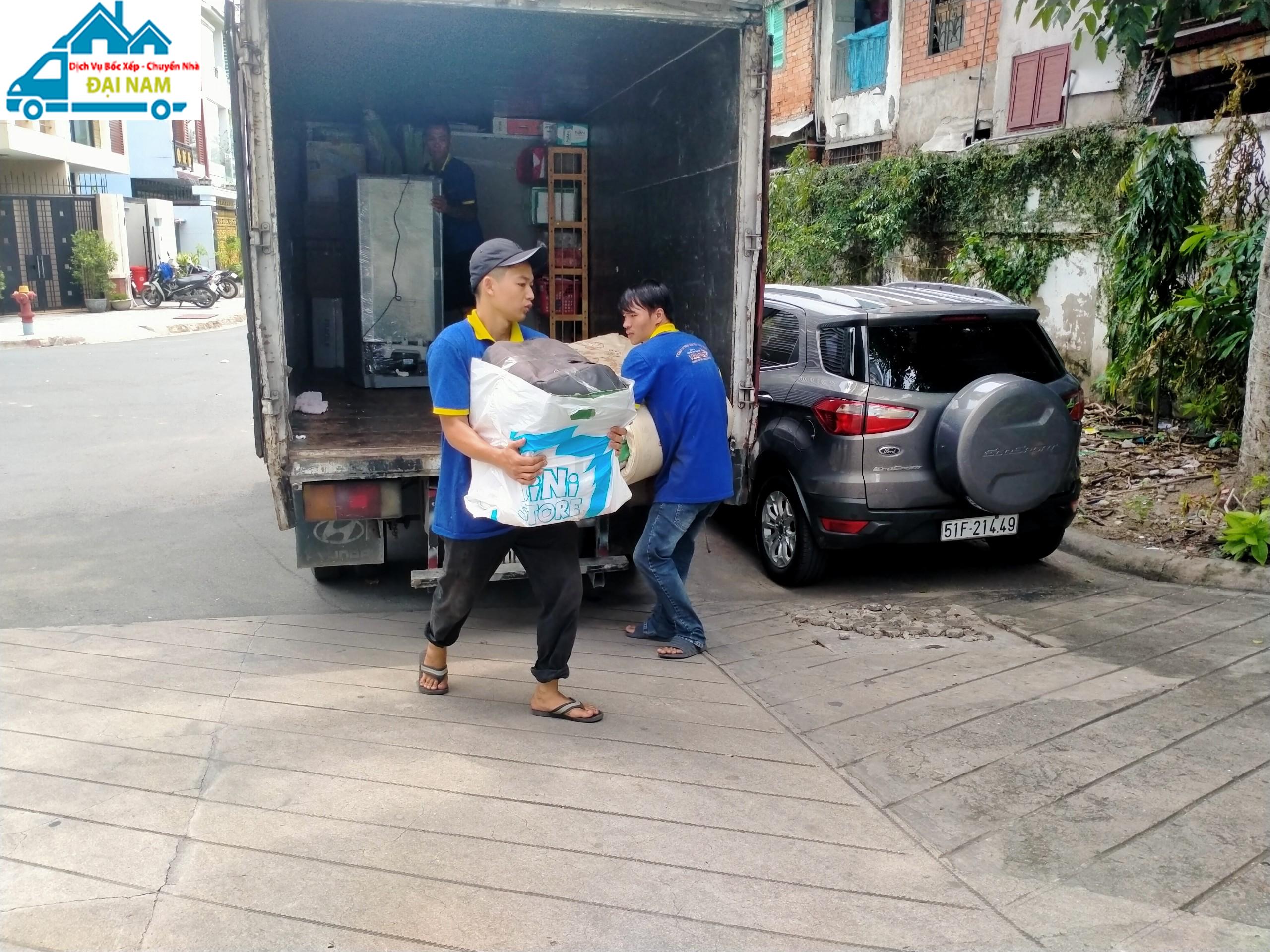 Dịch vụ chuyển nhà quận 10 trọn gói giá rẻ uy tín tại Tphcm